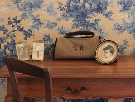 chambre bleue : détail – chambre d'hotes de charme