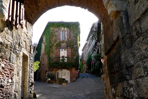 rue de Cordes sur Ciel , Bastide Albigeoise