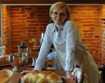 faire son pain, dans une maison d'hotes de charme à Albi