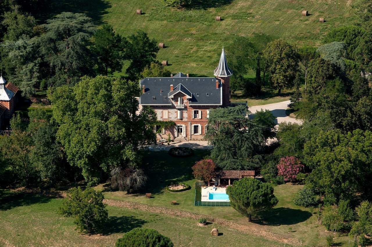 Charming Bed and Breakfast in south west of France