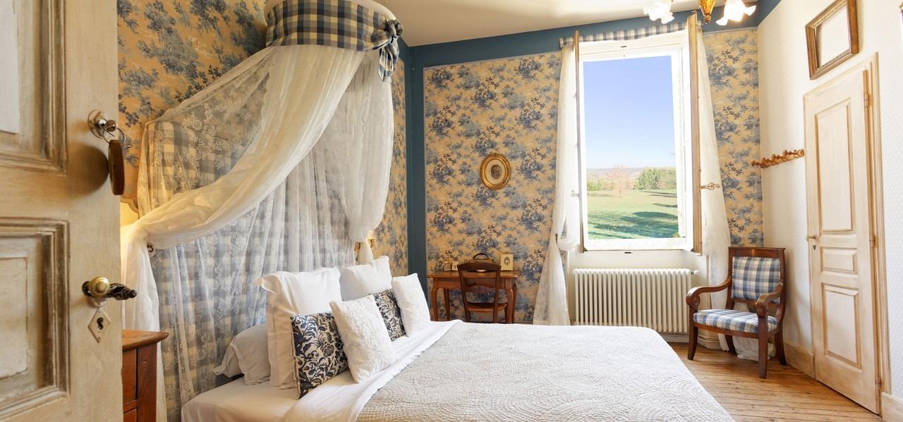 chambre d hote romantique au chateau du buc