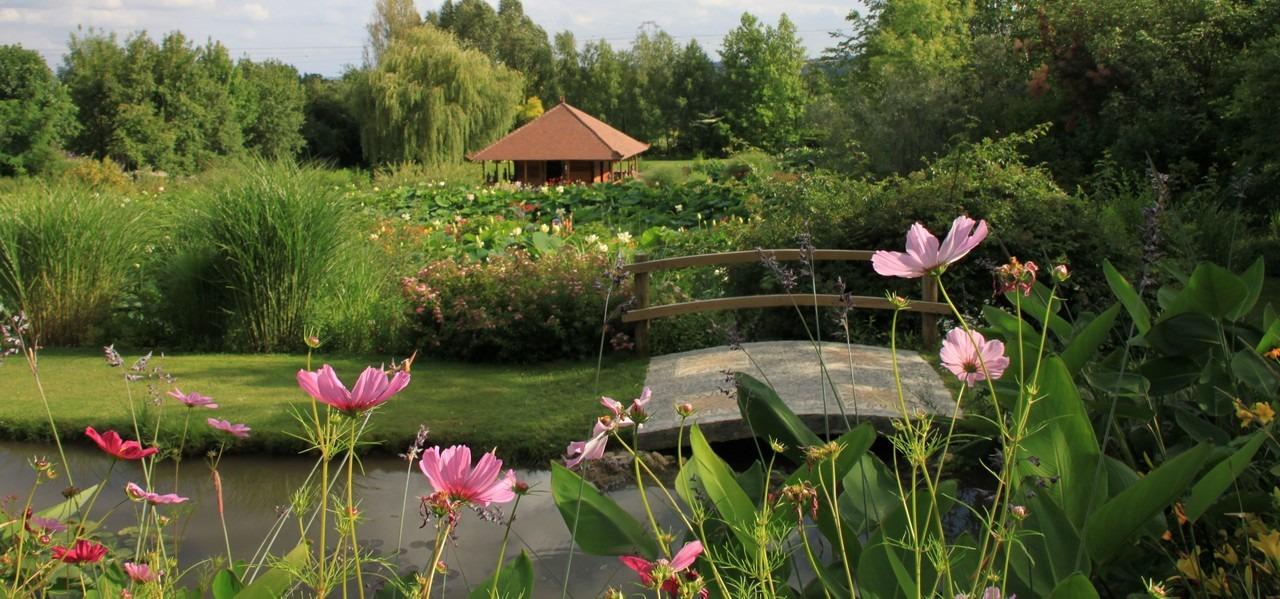 le jardin des Martels occitanie , domaine du buc chabres d'hotes de charme albi