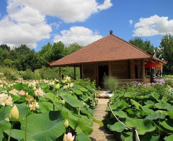 temple-jardins-martels-lotus-1