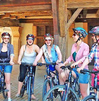 Balade en vélo electrique entre amis avec Solex Balade